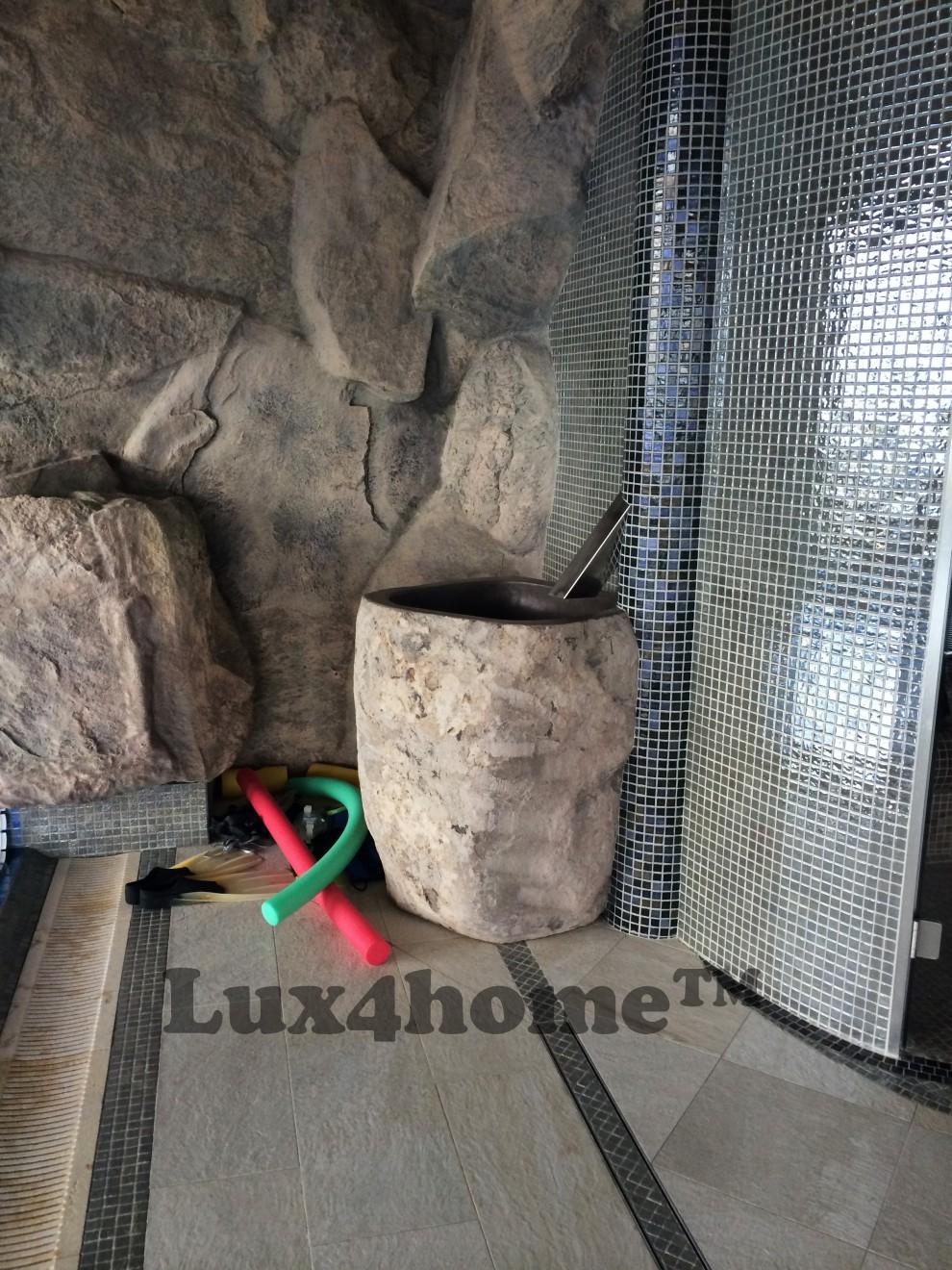 Pedestal Stone sink