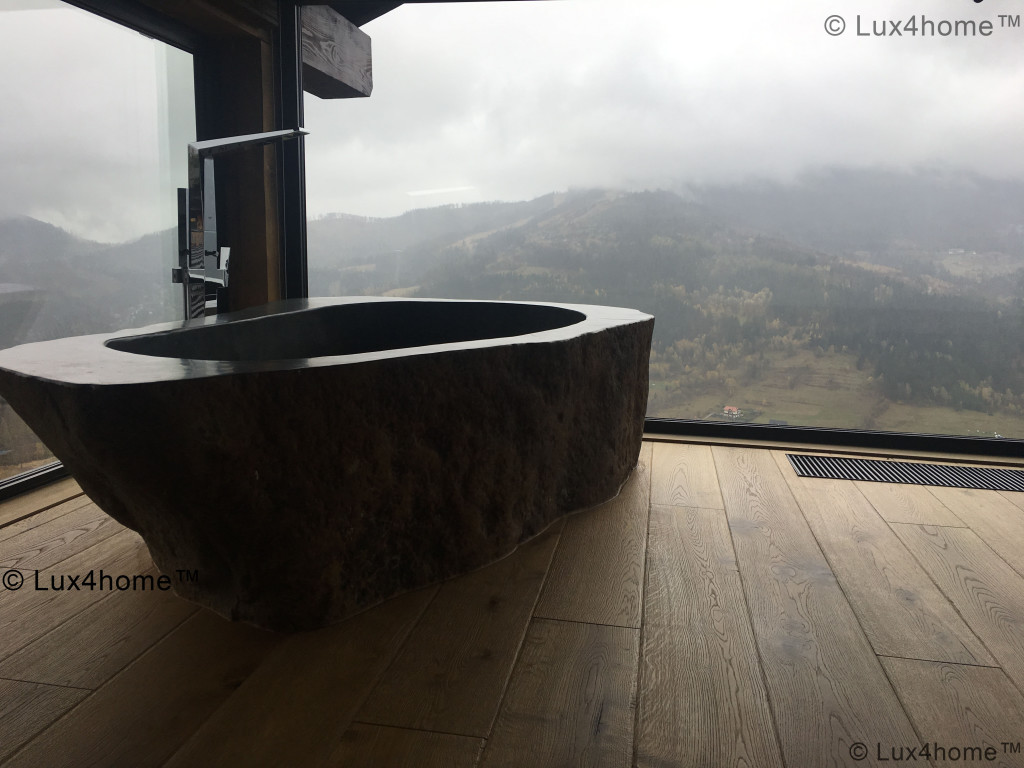 Natural Stone Bathtubs - River Stone Bathtub
