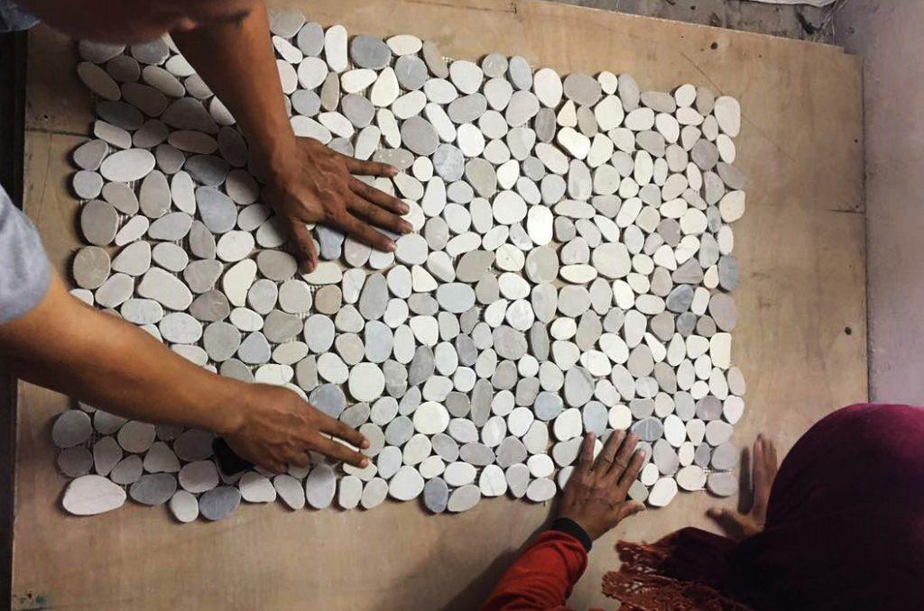 Pebble-Tiles-Quality-Control