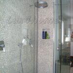 Bathroom pebble tiles