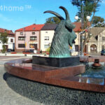 Black Pebble Tile Fountain
