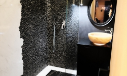 Pebble Shower - Black Pebble Tiles