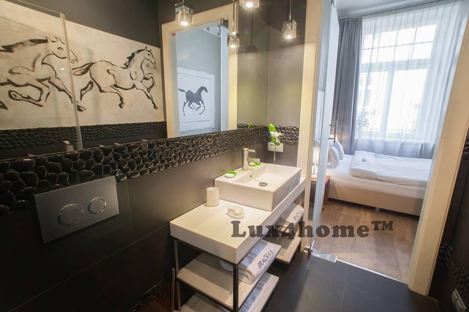 Black pebbles Bathroom interiors Lux4home.com