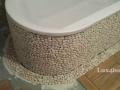 White Pebble Tiles Bathroom Ideas - Bathtub