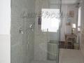 batroom-pebble-tiles